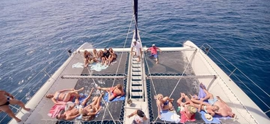 Full day catamaran boat tour in Alicante