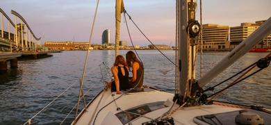 Drive & sailing trip in Barcelona