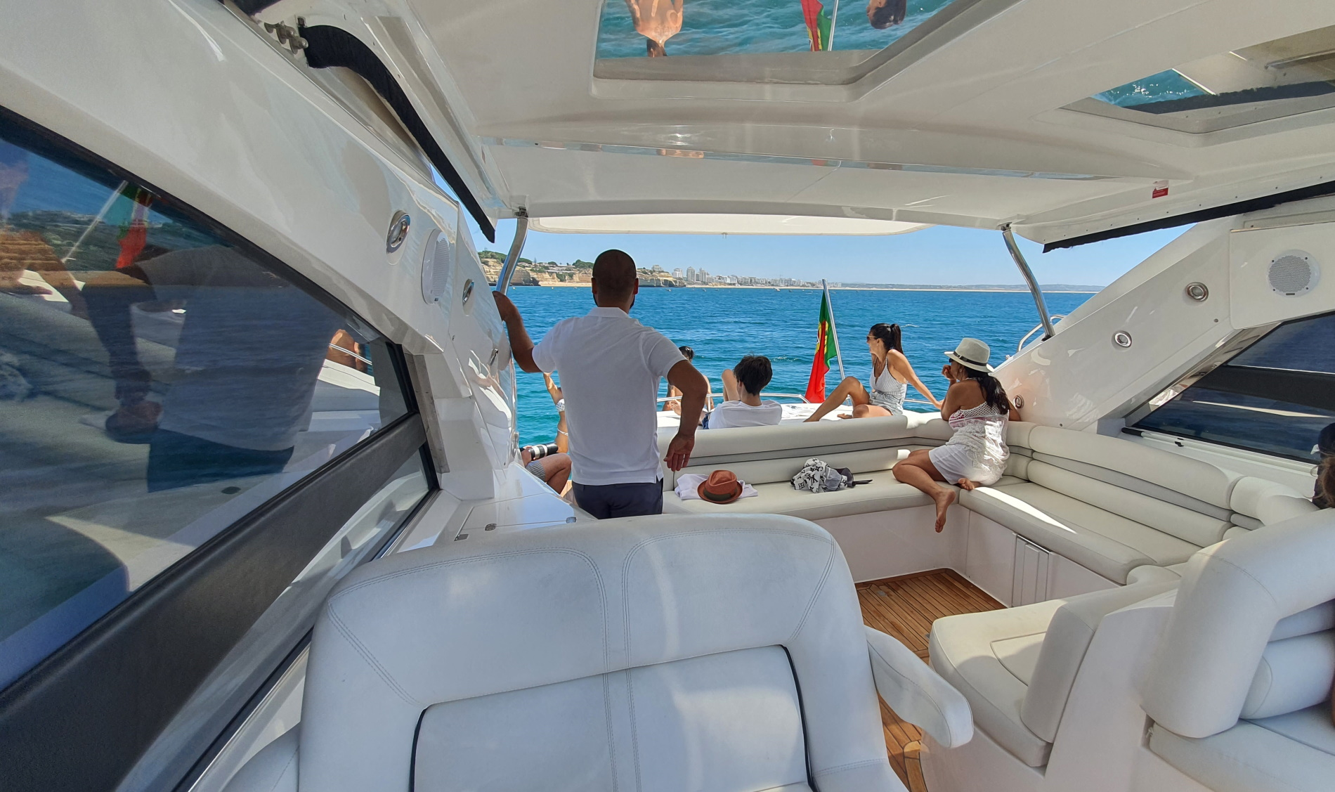 Come on board the yacht in Albufeira