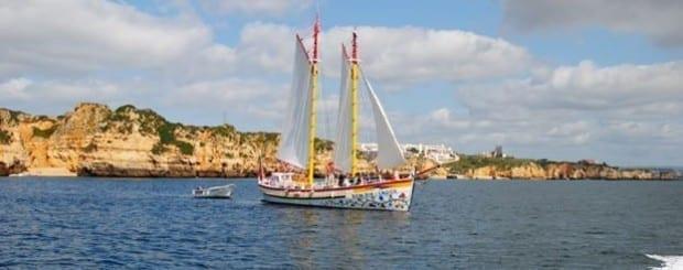 Passeio à vela na Baía de Lagos