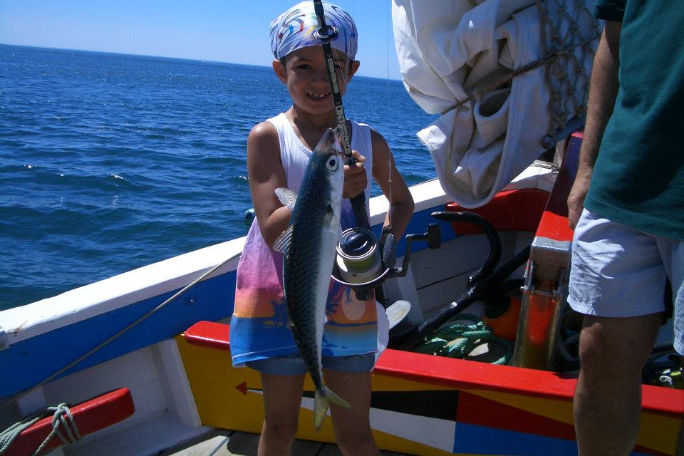 The best fishing tours in portugal for Best boat for fishing and family