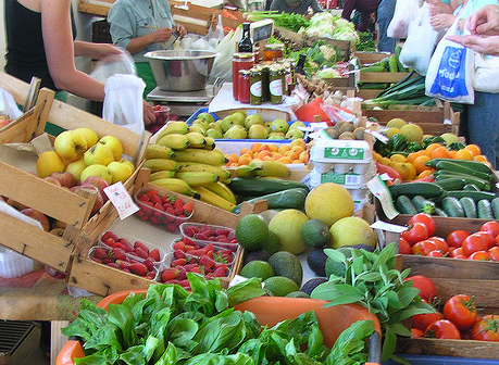Best things to do in Lagos Portugal - farmer market