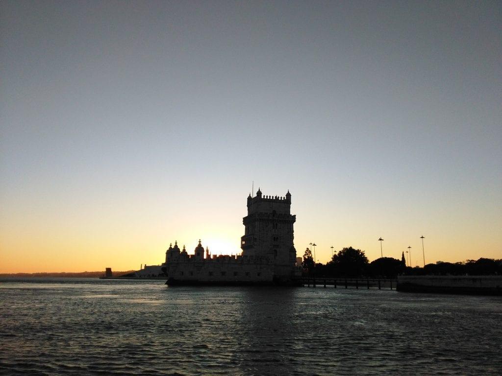Torre de Belém ao pôr-do-sol