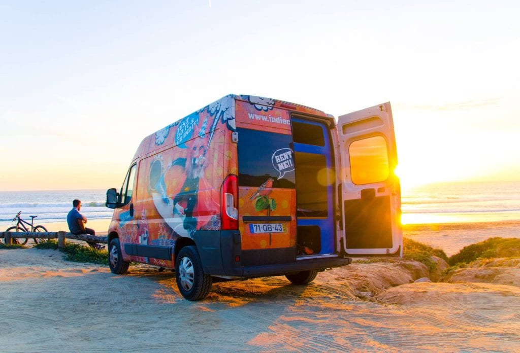Tips for getting around in the Algarve - by cool camper