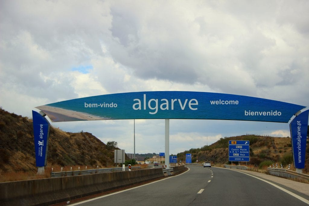 How to get around in the Algarve - transfers