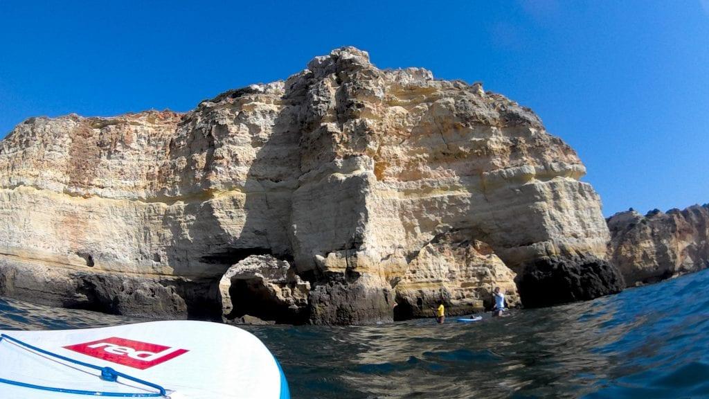 SUP in Armação de Pêra - paddle along beaches and rocks