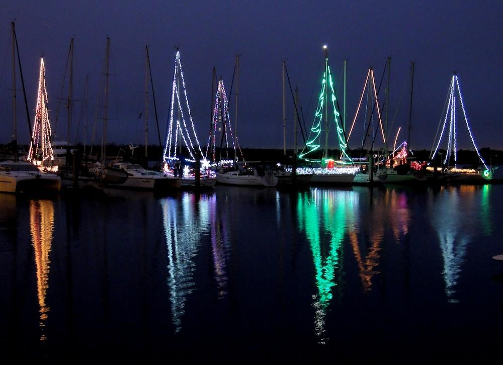 Christmas Boat.Seabookings The Best Boat Trips For Your Christmas