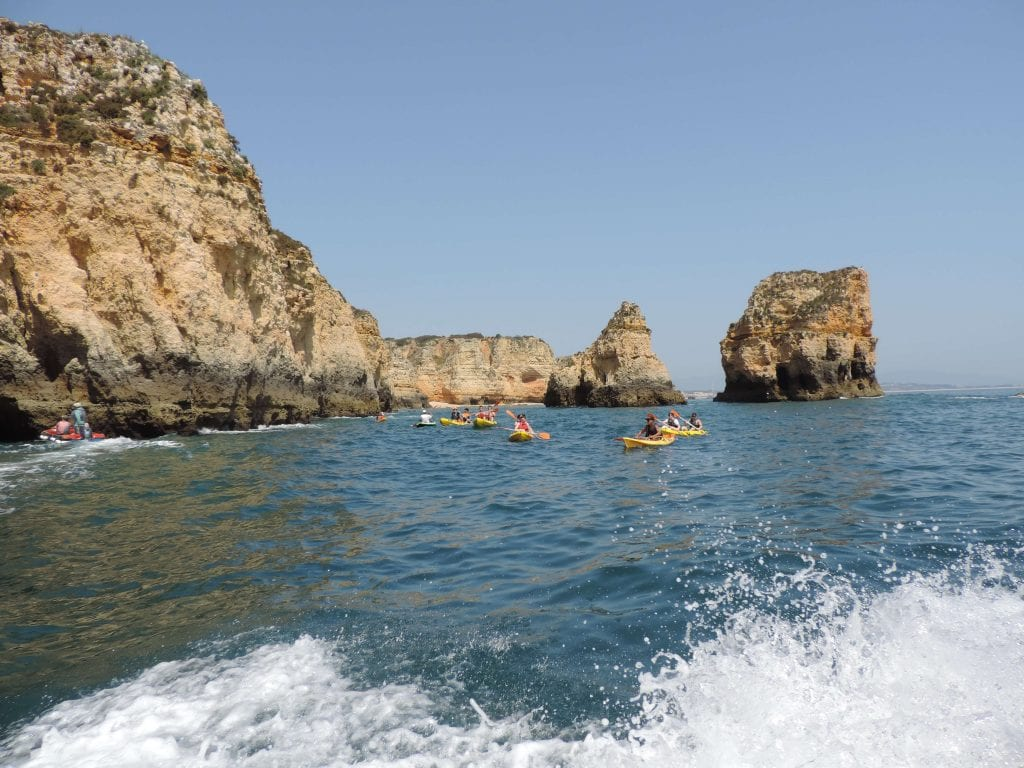 Join us on a kayak tour in Portugal