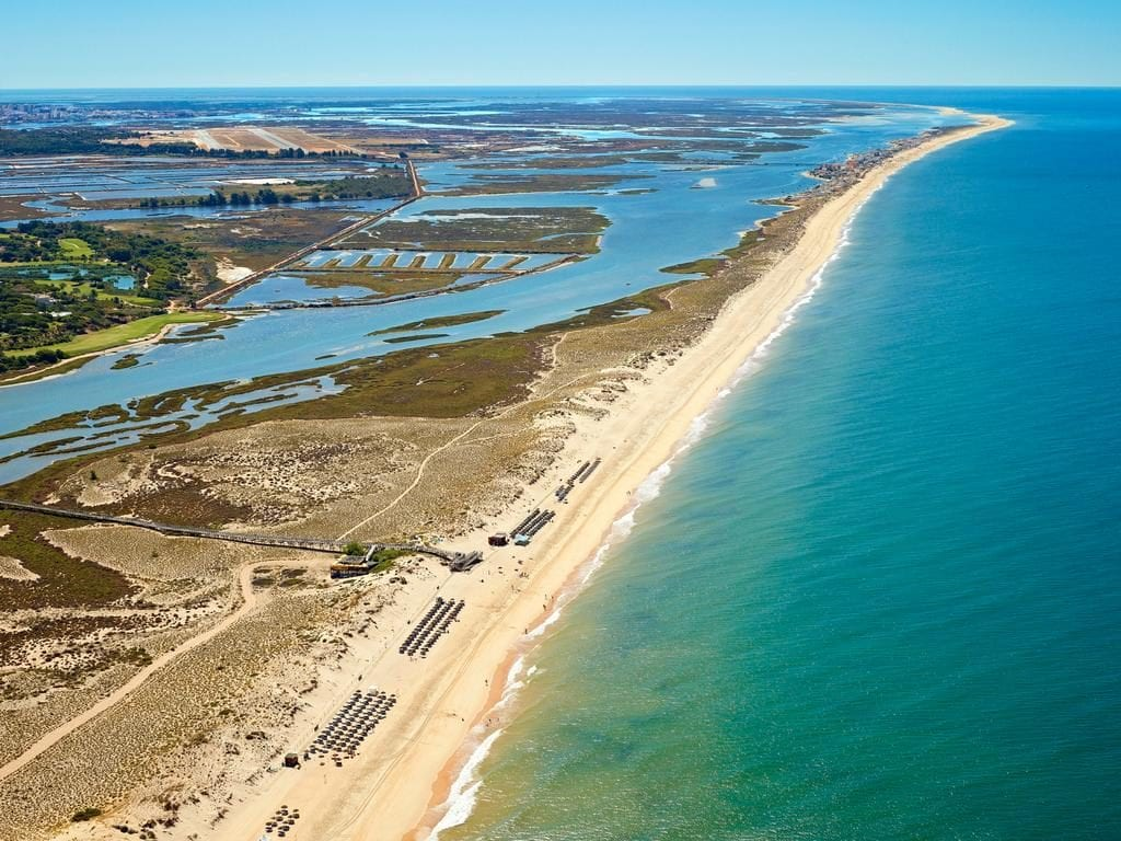 The Ria Formosa is an amazing surrounding for boat tours