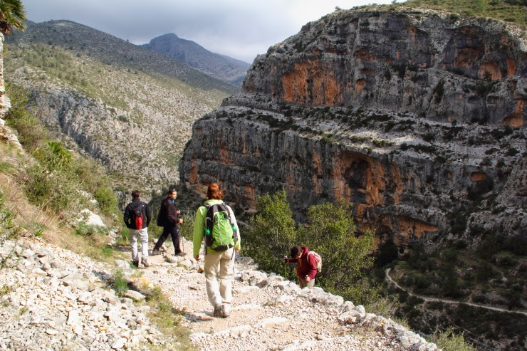 Like hiking? The Barranco del Infierno is a must!