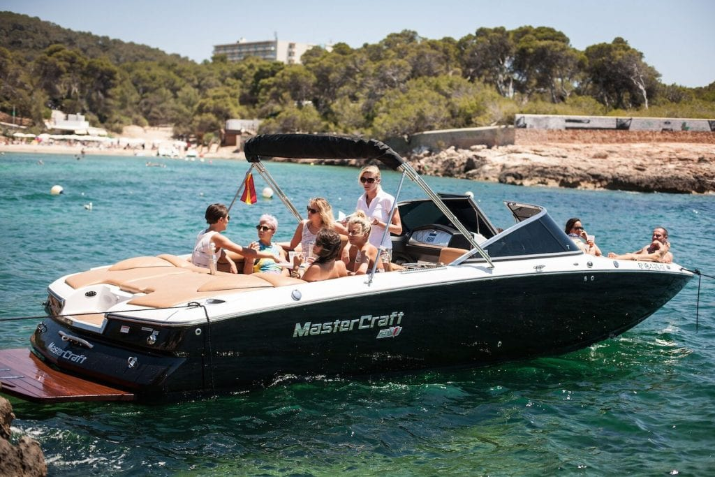 Get aboard on our modern speed boats